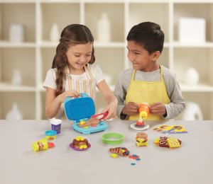 PLAY-DOH Kitchen Creations Junior Chef Competition (1)